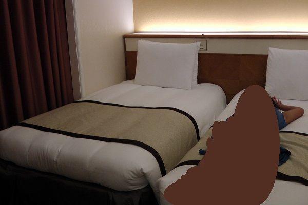 4 ベッド
