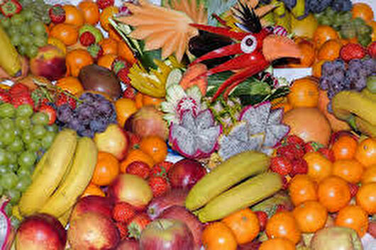 0various fruits