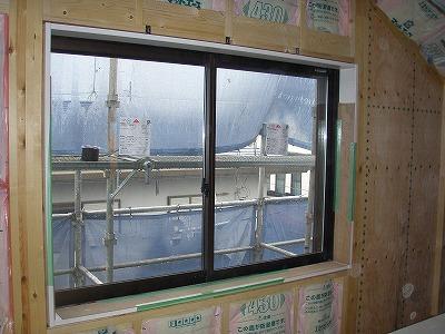 3F寝室引違い窓・091006