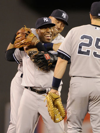 new-york-yankees-v-minnesota-twins-f1d01af9152ce934