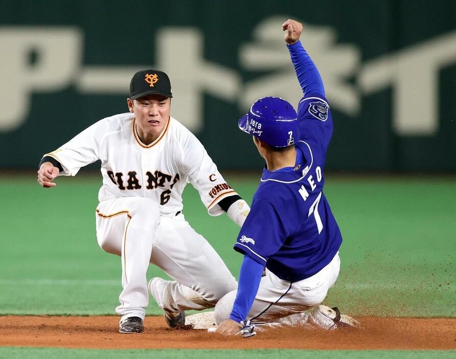 巨人・坂本勇人、歴代ショート出場試合数1位タイ