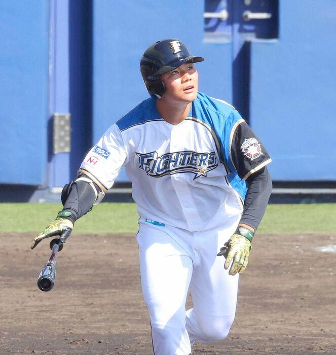 栗山監督、2軍で18本塁打の清宮に苦言「これだけ試合数に出ていてこんだけしか打ってない」