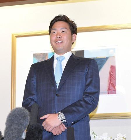 虎入り決断の西、阪神入りを正式に表明