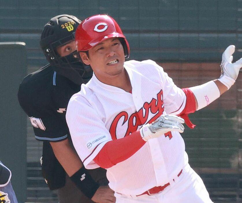 千葉ロッテ、元カープ小窪内野手(36)を謎の獲得