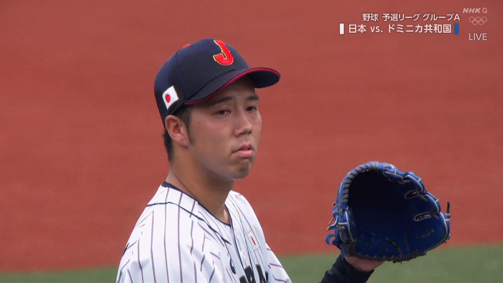 侍ジャパン、先制される 2番手青柳が集中打浴びる
