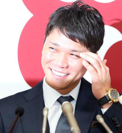 巨人・坂本、1.5億増の5億円でサイン!