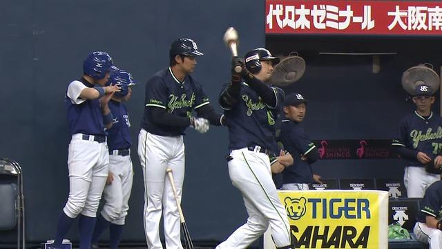 ヤクルト、勝ち越しのチャンスで代打・大松 → 鵜久森