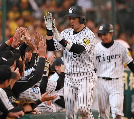 【悲報】 阪神タイガース、あと10人くらい引退しそう