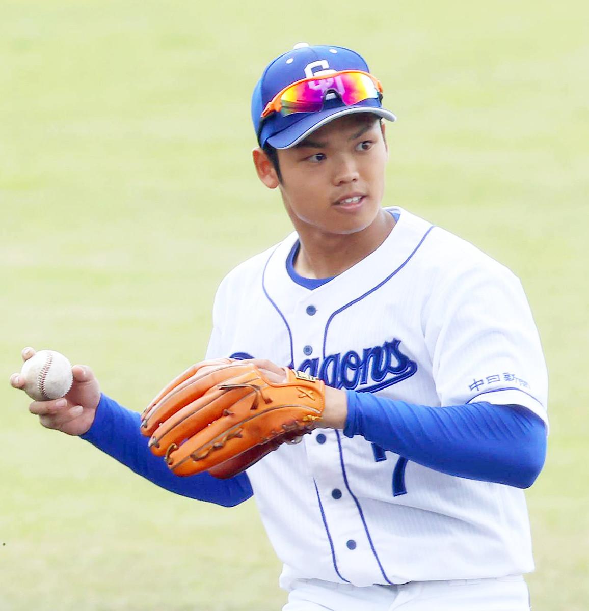 根尾、来月から外野起用へ 与田監督「1番の目的は1軍の試合に出すこと」