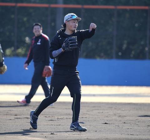 DeNA・石田(3勝7敗4.97) 3年連続開幕投手「譲る気はない」