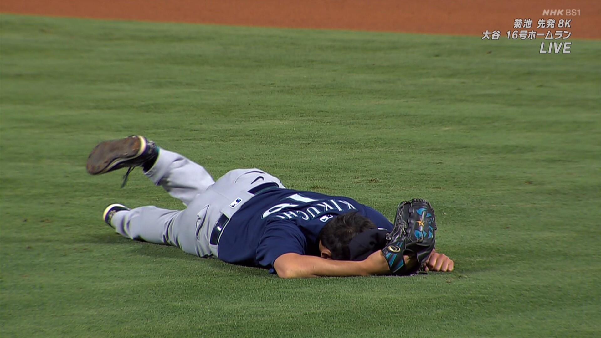 菊池雄星にアクシデント 右膝に打球直撃で負傷降板