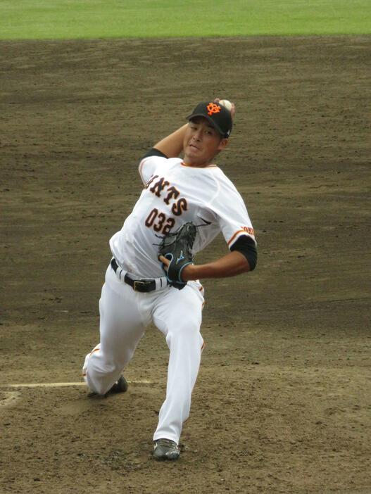 巨人・19年ドラ1堀田賢慎が実戦初登板 最速149キロで1回無失点