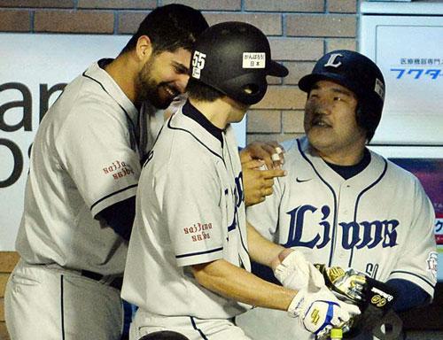 004-20141004-baseball-ns-big