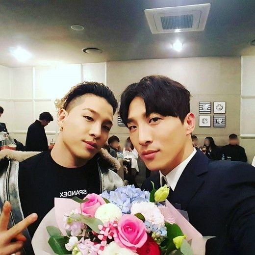 【BIGBANG NEWS】ドン・ヒョンベ、BIGBANGのSOLとの兄弟ショットを公開「応援に来てくれてありがとう」