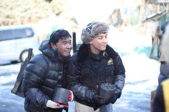 """【BIGBANG NEWS】BIGBANGのV.I、低所得家庭の児童のために約1000万円を寄付""""温かい冬を過ごしてほしい"""""""