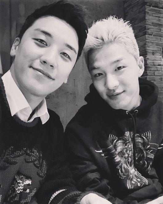 """【BIGBANG NEWS】BIGBANGのSOL、V.Iとのツーショット公開""""可愛い末っ子とディナー"""""""