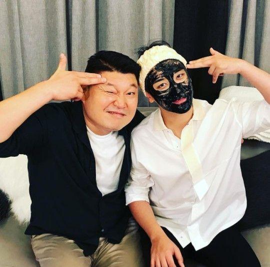 """【BIGBANG NEWS】BIGBANGのV.I、衝撃の姿でカン・ホドンとツーショット撮影""""罰ゲームで…""""(動画あり)"""