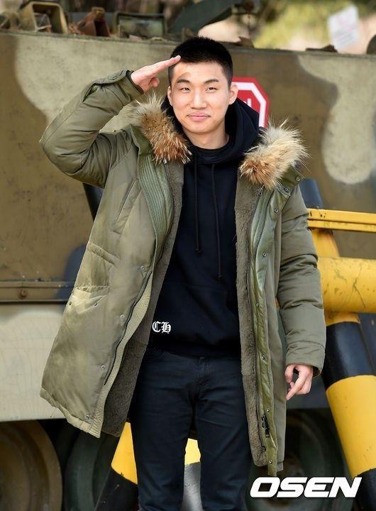 "【BIGBANG NEWS】""入隊中""G-DRAGONに続き…D-LITEの入院報道にYGがコメント"