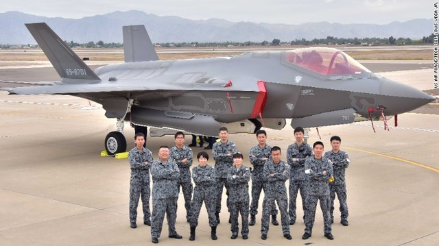 161205164154-japan-first-f-35-exlarge-169