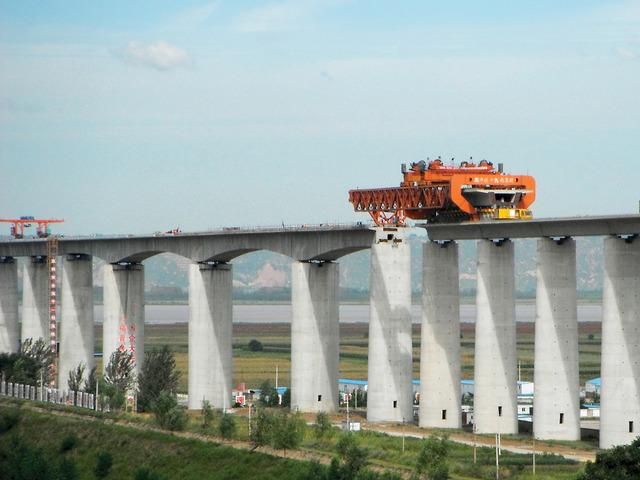 tn_cn-datong-xian-yellowriver-viaduct-constructioon-uwe_noack_01