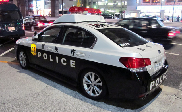 japan-police-car-main1