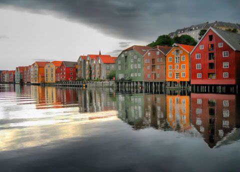 Beautiful_views_by_the_water_in_Trondheim_Norway