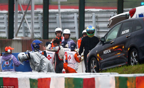 1412513884820_wps_67_SUZUKA_JAPAN_OCTOBER_05_A