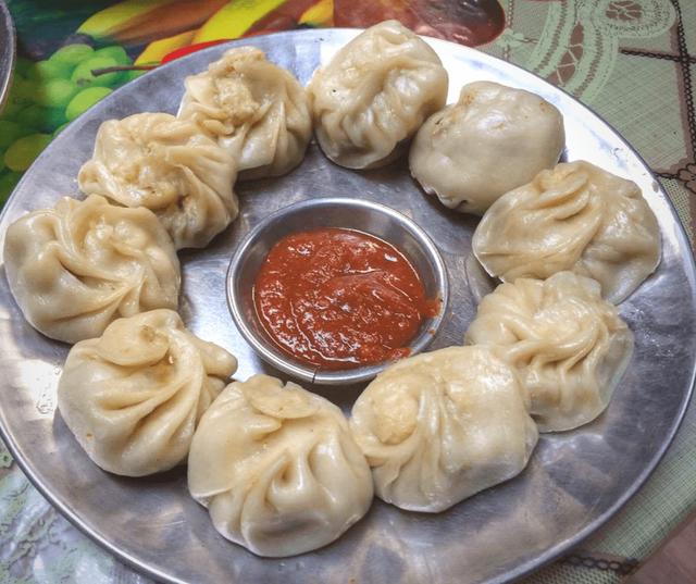 Platter-of-momos-in-Nepal