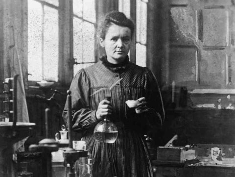 Madame Curie-8b1e1fde10c1373230bab21eceeae2ed00701efe-s6-c30
