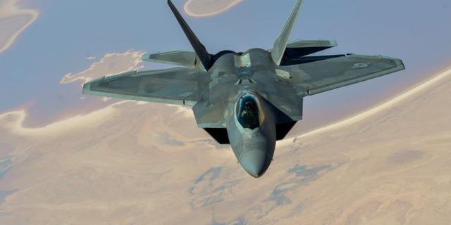 F-22-760x380