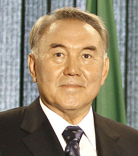 393px-Nursultan_Nazarbayev_27092007