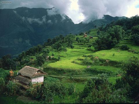 Num_Village_Arun_River_Region_Nepal