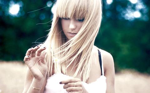 beautiful-girl-2012-blonde-girl_1920x1200_96502