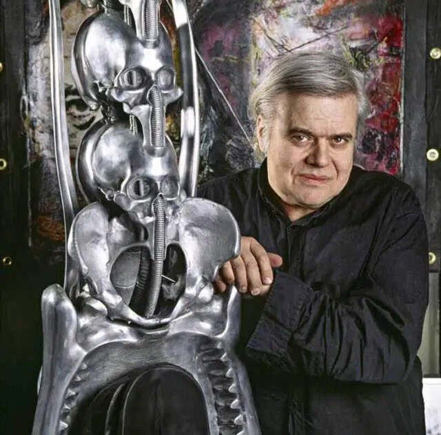 hr-giger-portrait