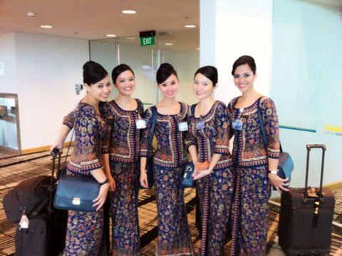 singapore-airlines-cabin-crew