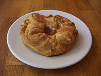 200px-Glazed_apple_Danish