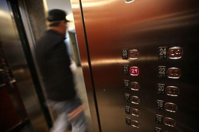 elevator-crisis