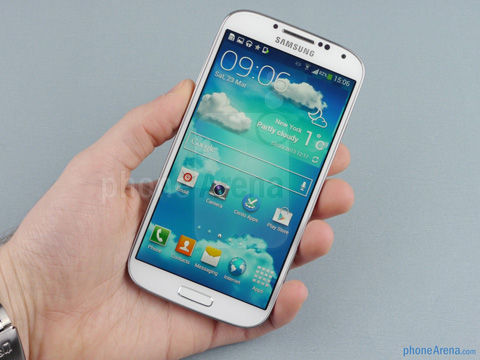 Samsung-Galaxy-S4-Review-1