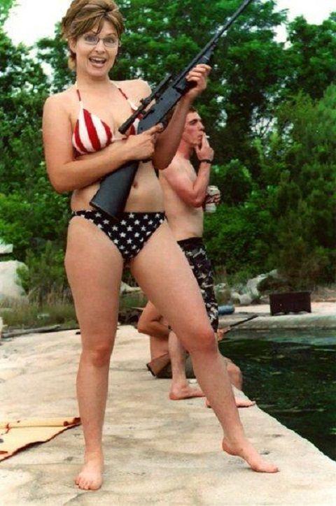 sarah-palin-sexy-gun
