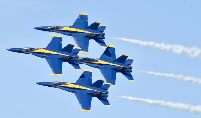 Blue-Angels-905x533