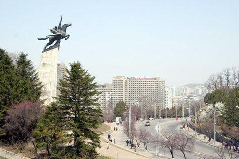 Dprk_pyongyang_tchholima_05