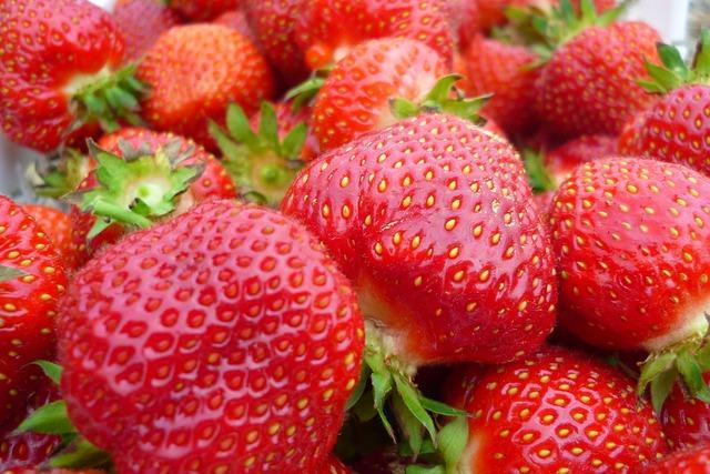 6_strawberries
