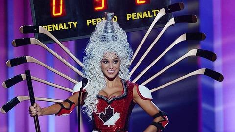 miss-canada-hockey-tribute