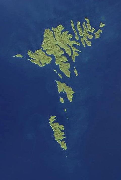 405px-Faroes030417-nasa(2)