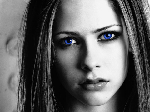 Beautiful-blue-eyes-girl-wallpaper-black-and-white-picture-girls