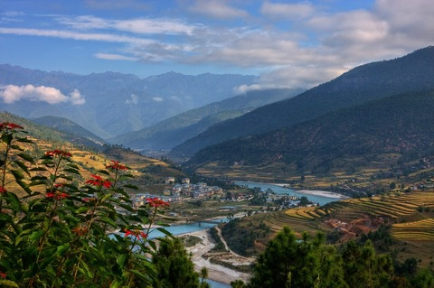 5155a861aca08-Post_Card_View_from_Bhutan_by_ernieleo-1024x681