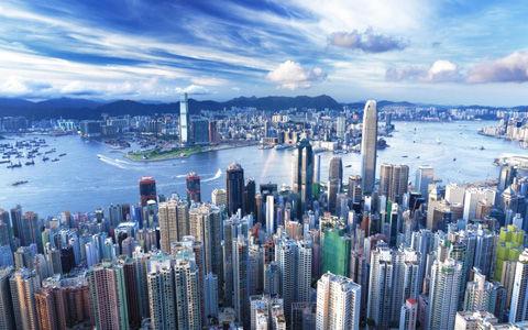 Skyscraper-Hong-Kong-China-e1379670359518
