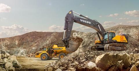 volvo-show-crawler-excavator-ec750e-t4f-2324x1200