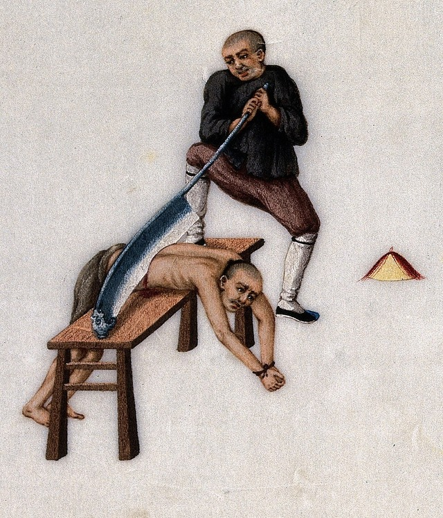 1024px-Chinese_prisoner_executed_by_waist_chop