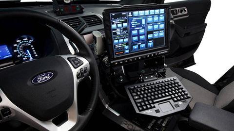 2012-ford-police-interceptor-06-md
